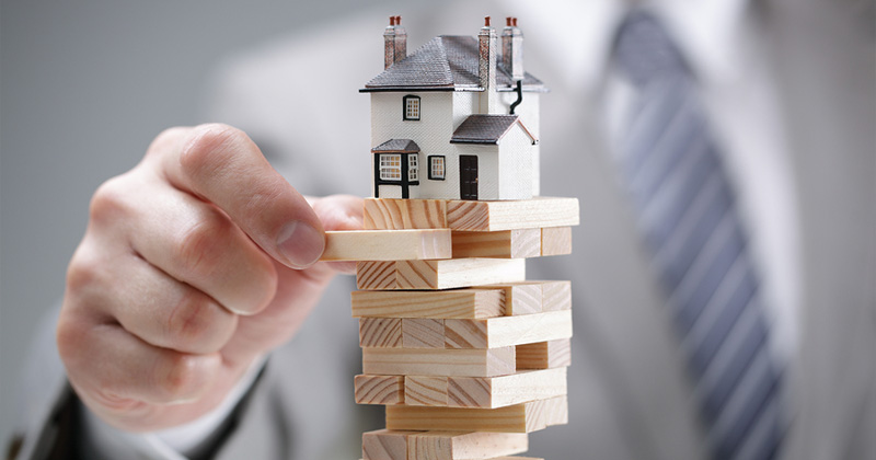 The 6 Triggers That Could Cause The Property Market to Crash (Possibly!)